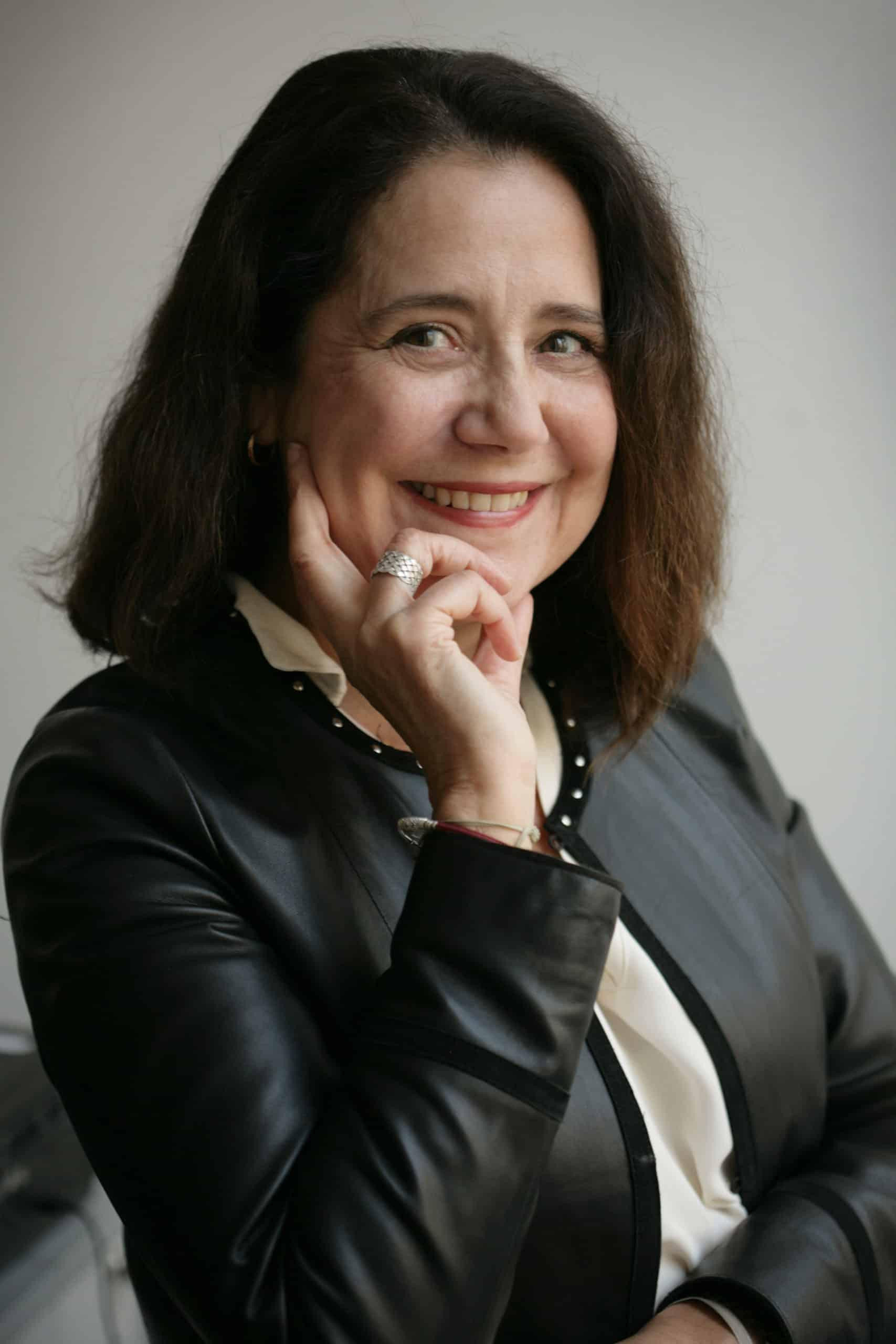 Hélène Dye